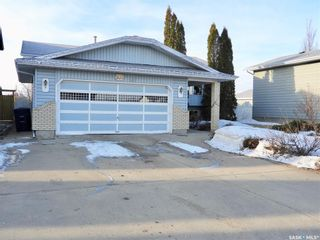 Photo 2: 503 4th Street West in Warman: Residential for sale : MLS®# SK846919