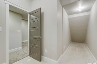 Photo 33: 709 8th Avenue North in Saskatoon: City Park Residential for sale : MLS®# SK856917