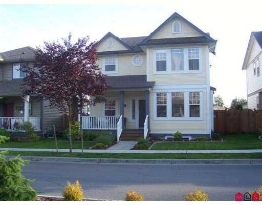 FEATURED LISTING: 36017 STEPHEN LEACOCK Drive Abbotsford