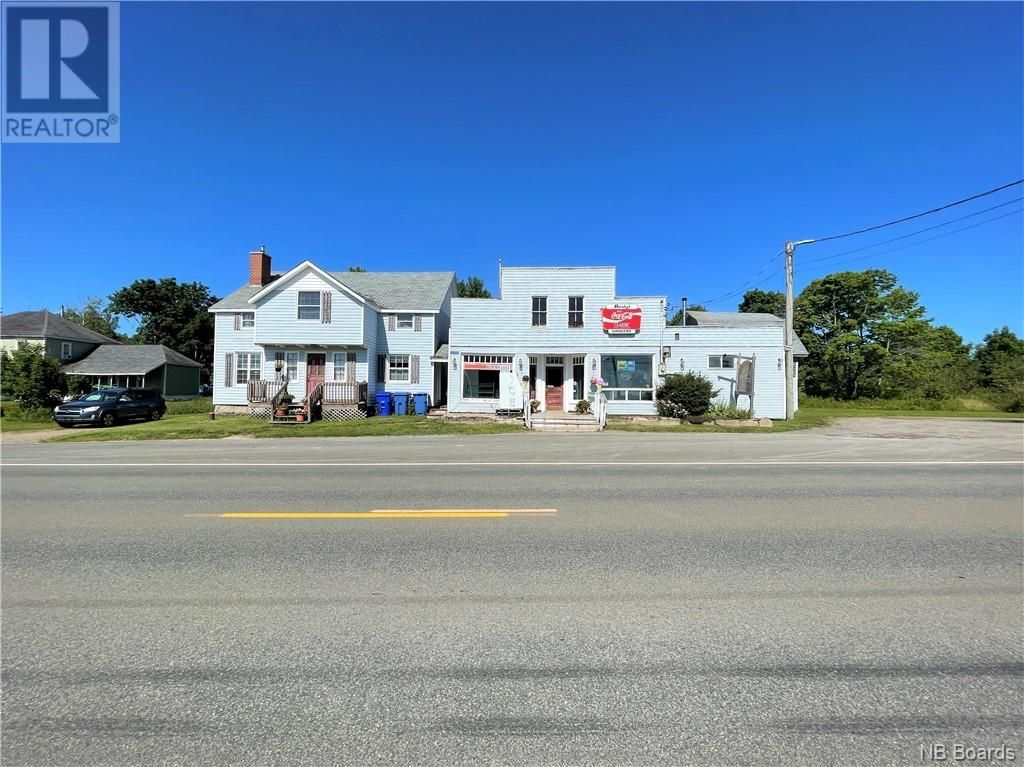 Main Photo: 2372 3 Route in Harvey Station: Retail for sale : MLS®# NB061923