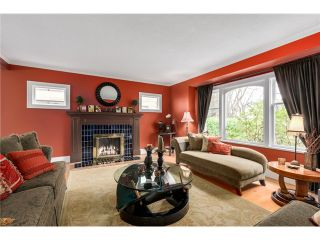 """Photo 3: 3866 W 15TH Avenue in Vancouver: Point Grey House for sale in """"Point Grey"""" (Vancouver West)  : MLS®# V1096152"""