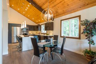 """Photo 4: 6315 FAIRWAY Drive in Whistler: Whistler Cay Heights House for sale in """"Whistler Cay Heights"""" : MLS®# R2083888"""