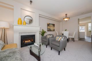 """Photo 4: 47 2678 KING GEORGE Boulevard in Surrey: King George Corridor Townhouse for sale in """"Mirada"""" (South Surrey White Rock)  : MLS®# R2263802"""