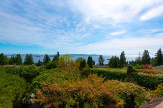 Main Photo: 3191 BENBOW Road in West Vancouver: Altamont House for sale : MLS®# R2571536