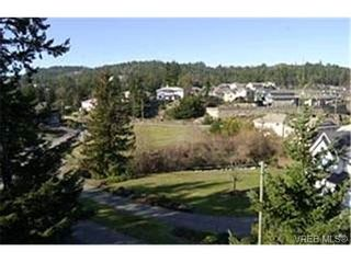 Photo 9:  in VICTORIA: La Florence Lake House for sale (Langford)  : MLS®# 424332