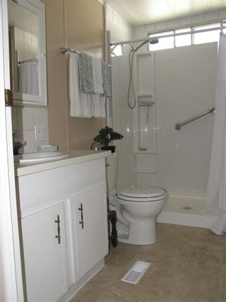 Photo 8: 14 62010 FLOOD HOPE Road in Hope: Hope Center Manufactured Home for sale : MLS®# R2495663