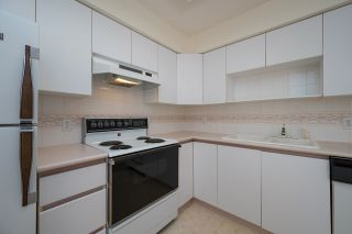 """Photo 13: 208 5375 VICTORY Street in Burnaby: Metrotown Condo for sale in """"THE COURTYARD"""" (Burnaby South)  : MLS®# R2602419"""