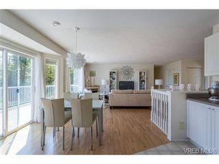 Photo 13: 6775 Danica Pl in VICTORIA: CS Martindale House for sale (Central Saanich)  : MLS®# 740131