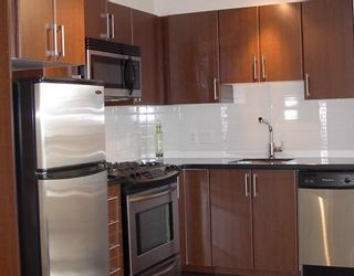 """Photo 2: 1005 1068 W BROADWAY BB in Vancouver: Fairview VW Condo for sale in """"THE ZONE"""" (Vancouver West)  : MLS®# V797290"""
