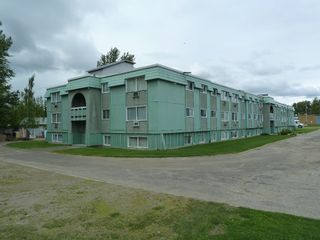 Photo 3: 201 Units - 4 Titles in MacKenzie: Multi-Family Commercial for sale (Mackenzie, BC)