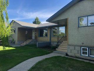 Photo 2: 14431 McQueen Road in Edmonton: Zone 21 House Half Duplex for sale : MLS®# E4233977