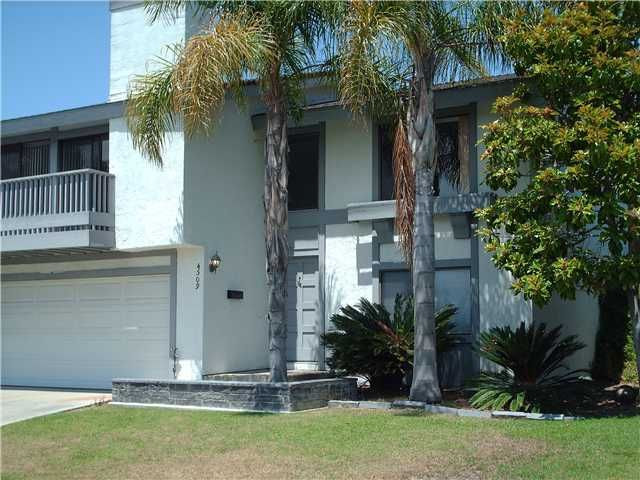 Main Photo: CLAIREMONT Townhouse for sale : 3 bedrooms : 4509 Caminito Cristalino in San Diego
