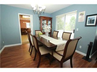 """Photo 3: 6017 189TH Street in Surrey: Cloverdale BC House for sale in """"CLOVERHILL"""" (Cloverdale)  : MLS®# F1423444"""