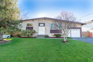 Photo 1: 10177 WEDGEWOOD Drive in Chilliwack: Fairfield Island House for sale : MLS®# R2568783