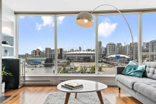 Photo 2: 1306 120 MILROSS Avenue in Vancouver: Downtown VE Condo for sale (Vancouver East)  : MLS®# R2574945