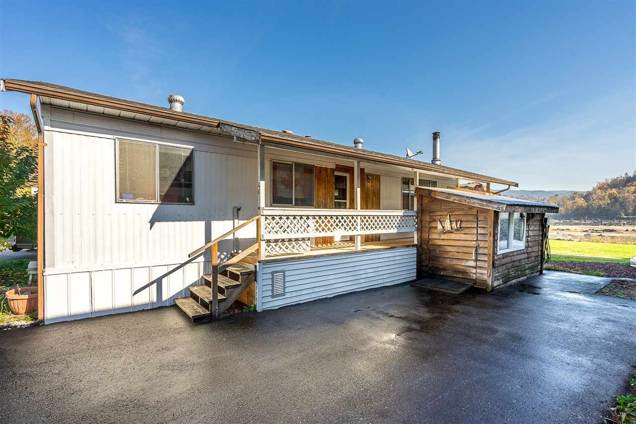 """Main Photo: 46 9960 WILSON Street in Mission: Stave Falls Manufactured Home for sale in """"RUSKIN PLACE"""" : MLS®# R2333890"""