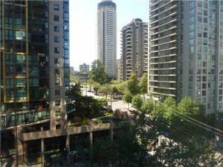 """Photo 37: 613 1333 W GEORGIA Street in Vancouver: Coal Harbour Condo for sale in """"Qube"""" (Vancouver West)  : MLS®# V1024937"""
