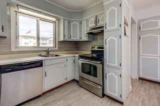 Photo 8: 4030 117 Avenue in Edmonton: Zone 23 House for sale : MLS®# E4246156