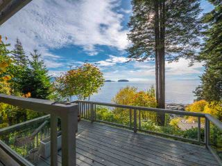 Main Photo: 877 GOWER POINT Road in Gibsons: Gibsons & Area House for sale (Sunshine Coast)  : MLS®# R2419918