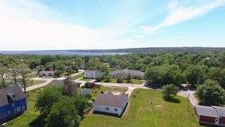Photo 6: 118 Clements Street in Shelburne: 407-Shelburne County Residential for sale (South Shore)  : MLS®# 202107282