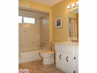 """Photo 8: 9018 155A Street in Surrey: Fleetwood Tynehead House for sale in """"Berkshire Park"""" : MLS®# F1106800"""