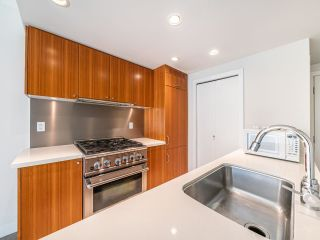 """Photo 3: 409 1133 HOMER Street in Vancouver: Yaletown Condo for sale in """"H&H"""" (Vancouver West)  : MLS®# R2582062"""