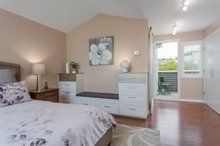 """Photo 18: 1585 BOWSER Avenue in North Vancouver: Norgate Townhouse for sale in """"Illahee"""" : MLS®# R2465696"""