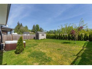 Photo 2: 2564 CABOOSE Place in Abbotsford: Aberdeen House for sale : MLS®# R2367007