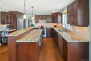 Photo 11: 192 Goward Rd in VICTORIA: SW Prospect Lake House for sale (Saanich West)  : MLS®# 824388