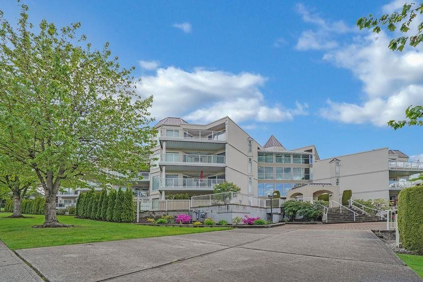 """Main Photo: 405 1219 JOHNSON Street in Coquitlam: Canyon Springs Condo for sale in """"MOUNTAINSIDE PLACE"""" : MLS®# R2579020"""