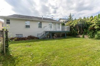 Photo 2: 8136 FORBES Street in Mission: Mission BC House for sale : MLS®# R2096538