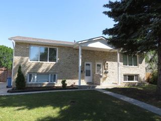 Photo 2: 810 Sheppard Street in Winnipeg: Maples Single Family Attached for sale (4H)  : MLS®# 1818994