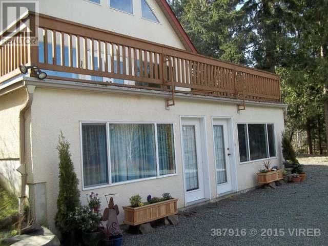 8753 Brouwer Place,  Chemainus, BC located Just outside Nanaimo, on Vancouver Island, Beautiful 1.98 acre lot with 3814 sq ft home.