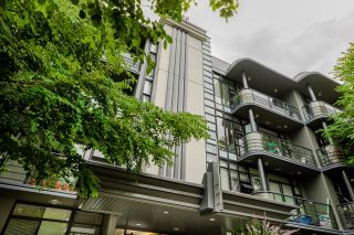 """Photo 2: 207 2828 YEW Street in Vancouver: Kitsilano Condo for sale in """"Bel-Air"""" (Vancouver West)  : MLS®# R2611866"""