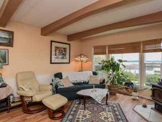 Photo 11: 5580 Horne St in UNION BAY: CV Union Bay/Fanny Bay Manufactured Home for sale (Comox Valley)  : MLS®# 774407