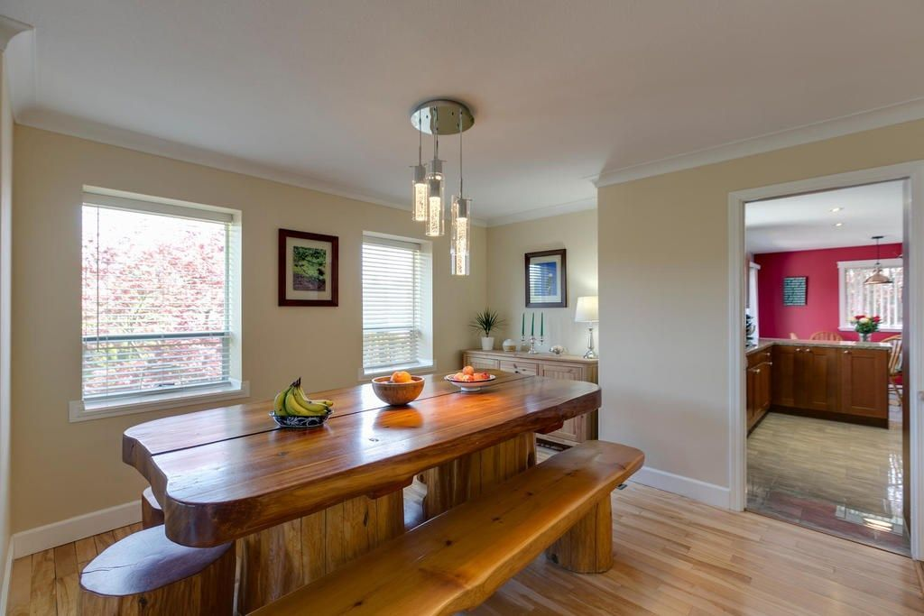 """Photo 10: Photos: 12403 188 Street in Pitt Meadows: West Meadows House for sale in """"HIGHLAND PARK AREA"""" : MLS®# R2261078"""