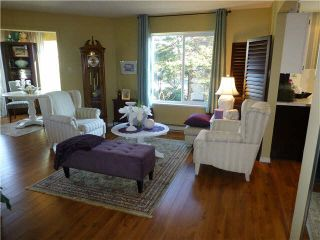"""Photo 5: 202 1378 FIR Street: White Rock Condo for sale in """"CHATSWORTH MANOR"""" (South Surrey White Rock)  : MLS®# F1434479"""