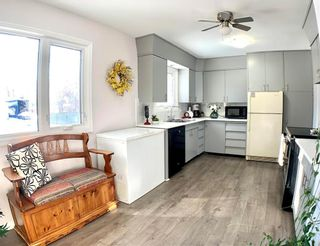 Photo 2: 25 Kirby Avenue East in Dauphin: R30 Residential for sale (R30 - Dauphin and Area)  : MLS®# 202102950