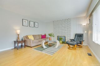 """Photo 15: 681 EASTERBROOK Street in Coquitlam: Coquitlam West House for sale in """"COQUITLAM WEST"""" : MLS®# R2403456"""