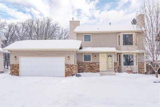 Photo 1: 27 Shelmerdine Drive in Winnipeg: Residential for sale (1F)  : MLS®# 202102678