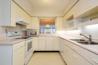 """Photo 3: 226 5695 CHAFFEY Avenue in Burnaby: Central Park BS Condo for sale in """"DURHAM PLACE"""" (Burnaby South)  : MLS®# R2221834"""