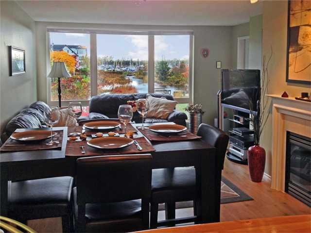 Main Photo: # 206 5800 ANDREWS RD in Richmond: Steveston South Condo for sale : MLS®# V1081574