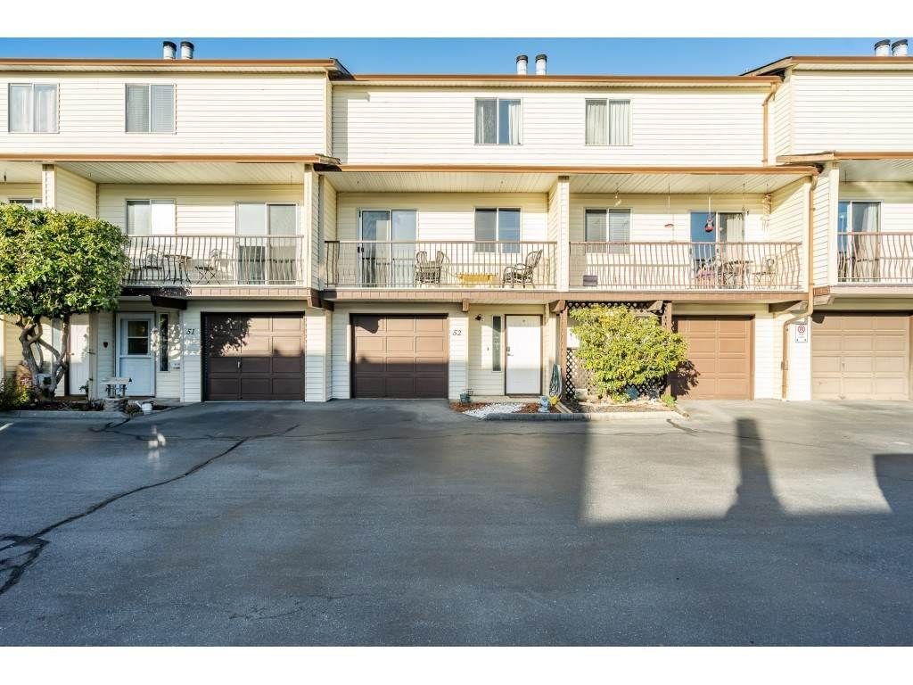 Main Photo: 52 27272 32 Avenue: Townhouse for sale in Langley: MLS®# R2527718