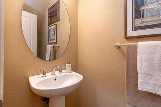 Photo 7: CHULA VISTA House for sale : 4 bedrooms : 1816 Scarlet Pl
