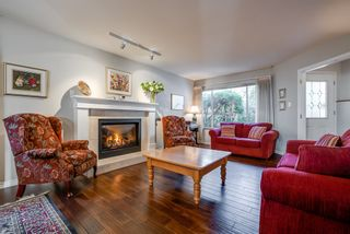 """Photo 4: 135 W ROCKLAND Road in North Vancouver: Upper Lonsdale House for sale in """"Upper Lonsdale"""" : MLS®# R2527443"""