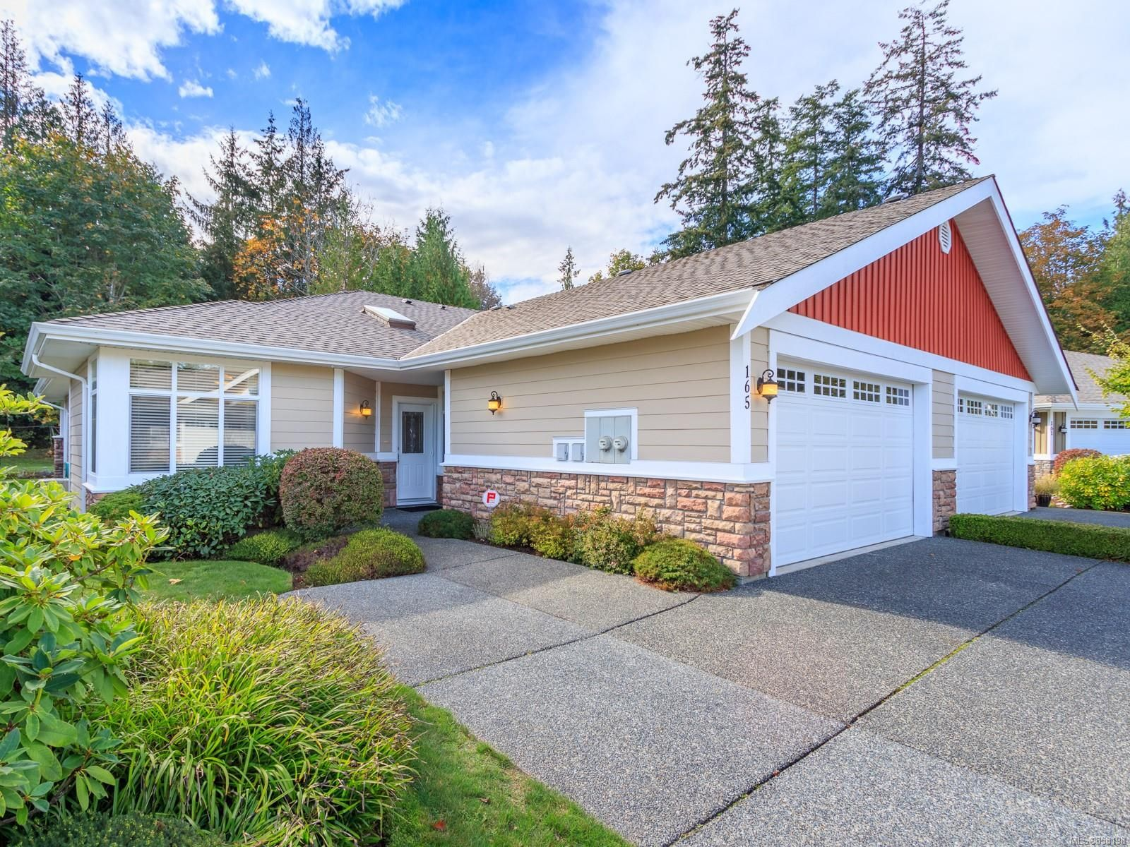 Main Photo: 165 730 Barclay Cres in : PQ Parksville Row/Townhouse for sale (Parksville/Qualicum)  : MLS®# 858198