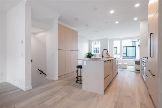 """Photo 11: TH27 528 E 2ND Street in North Vancouver: Lower Lonsdale Townhouse for sale in """"Founder Block South"""" : MLS®# R2543628"""