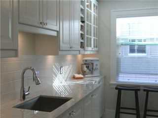"""Photo 2: 301 1545 W 13TH Avenue in Vancouver: Fairview VW Condo for sale in """"THE LEICESTER"""" (Vancouver West)  : MLS®# V856880"""