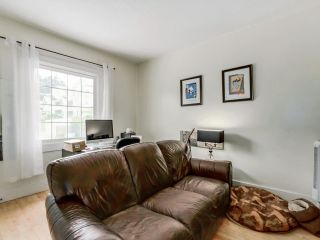 Photo 11: 517 COMMERCIAL Drive in Vancouver: Hastings House for sale (Vancouver East)  : MLS®# R2592727