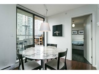 Photo 5: 607 538 SMITHE Street in Vancouver West: Downtown VW Home for sale ()  : MLS®# V1035615